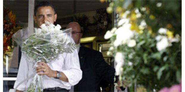 Obama kaufte seiner Frau Blumen