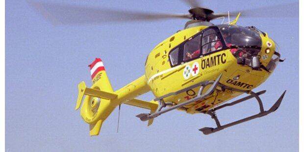 A8: Zwei Tote bei Auffahr-Unfall