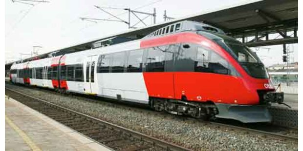ÖBB-Schaffner warf Fahrgäste aus Eurocity