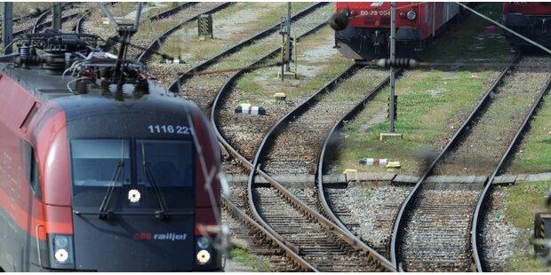 118 Flüchtlinge in Zügen aufgegriffen