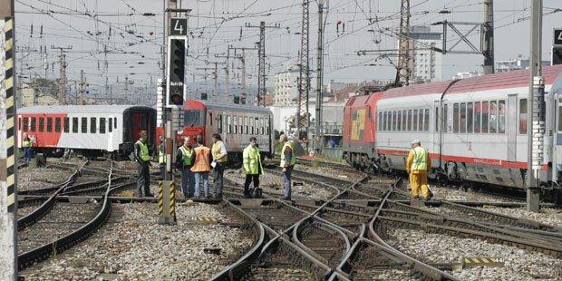 ÖBB-Arbeiter von Lok überrollt - tot