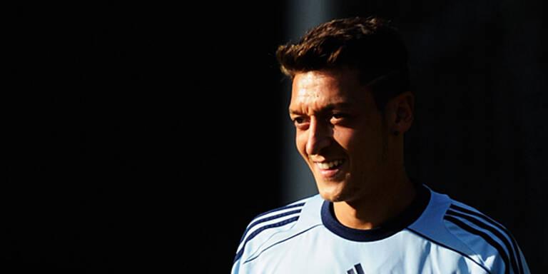 DFB-Team: Alles dreht sich um Özil
