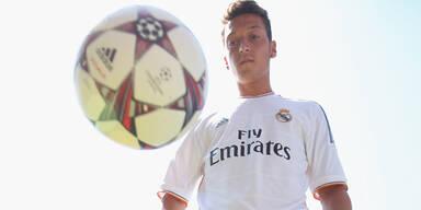Transfer-Hammer: Özil wechselt zu Arsenal