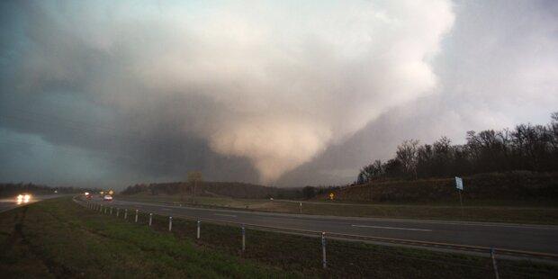 Toter und Verletzte bei Tornados