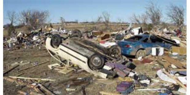 Neun Tote durch Tornados in Oklahoma