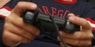 Spielsucht: Vater kettete Sohn an Strommast