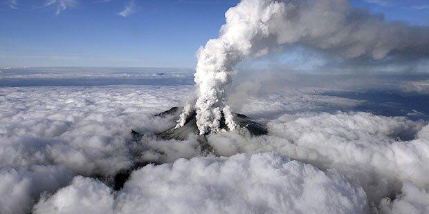 Vulkanausbruch überrascht Wanderer