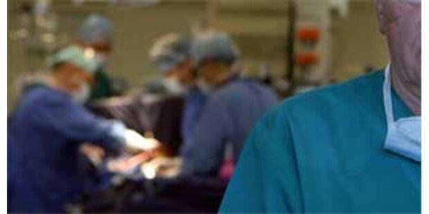 Patient läuft Amok im OP