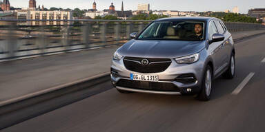 Opel legt beim Grandland X nach