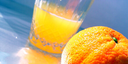 Insiderin packt aus: Das steckt tatsächlich in Orangensaft