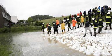 OÖ: Damm in Ottensheim beschädigt