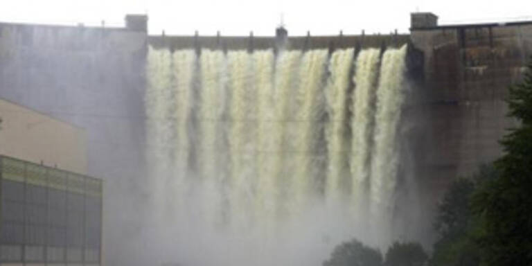 26-jähriger stürzt 35 Meter tief in Stausse in NÖ