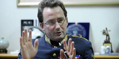 Demo-Debatte: Polizeichef stärkt Sobokta den Rücken