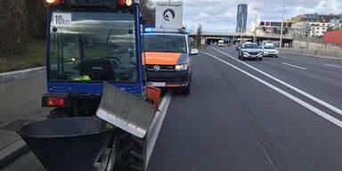 Traktor auf Wiener Autobahn gestoppt