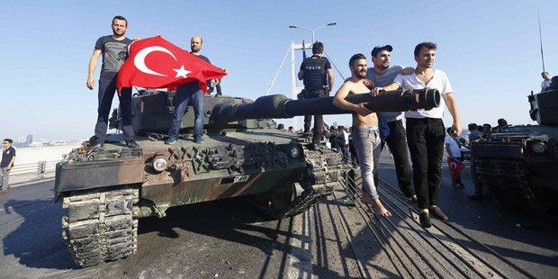 Türkei: Zivilisten stoppten die Panzer