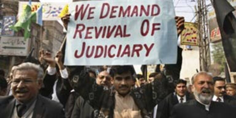Pakistanis lehnen Musharraf ab