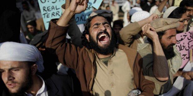 Anschlag in Pakistan: Mehr als 10 Tote