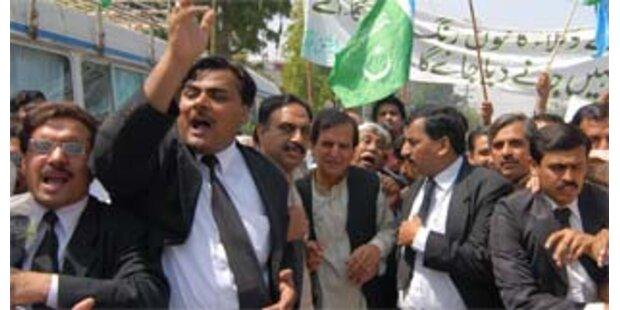 In Pakistan droht Regierungskrise