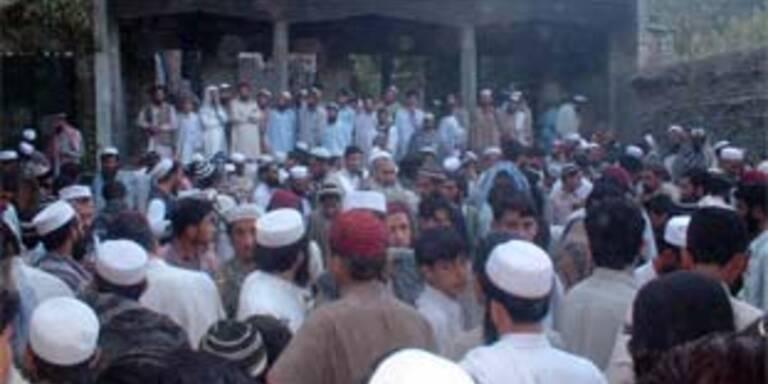Wütende Proteste in Pakistan nach Raketenangriff