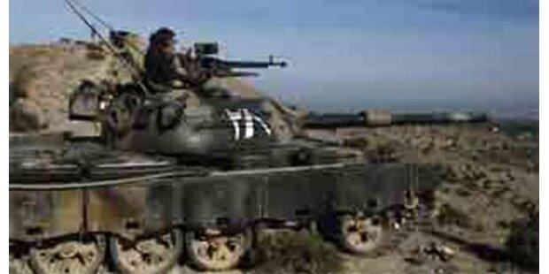 Kämpfe in Pakistan gehen weiter