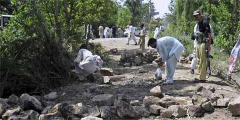 Bomben töten 41 Flüchtlinge in Pakistan