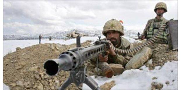 195 Tote nach Kämpfen in Pakistan
