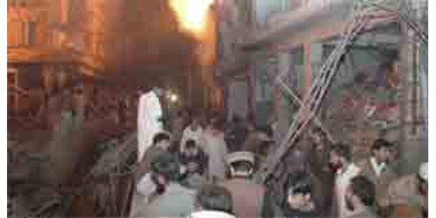 Mindestens 27 Tote bei Anschläge in Pakistan