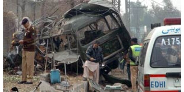 14 Tote bei Bombenexplosion in Pakistan