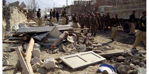 Acht Tote bei Anschlag auf Mädchenschule