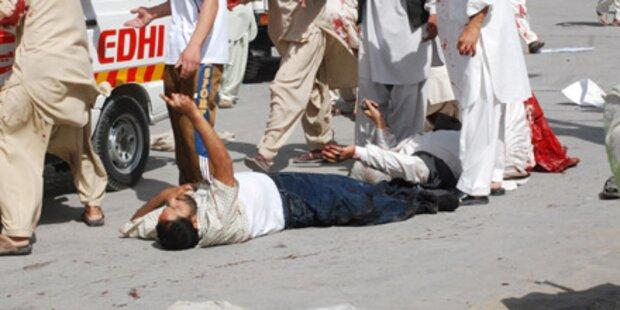 Pakistan: Taliban richtet Blutbad an