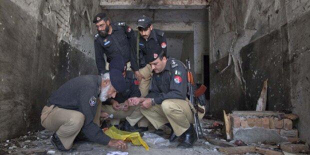 40 Tote bei Anschlag auf Moschee