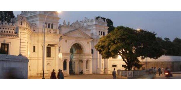 Nepals König verließ seinen ehemaligen Palast