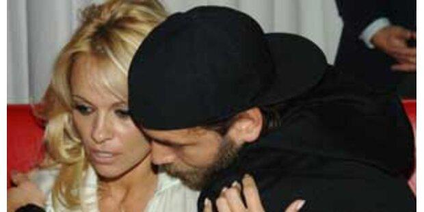 Pamela Anderson gibt ihrer Ehe noch eine Chance