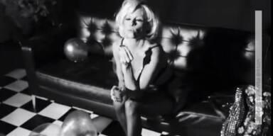 Pamela Anderson strippt wieder!