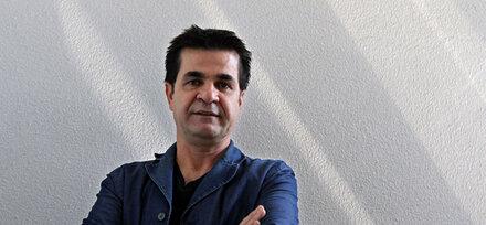 """Goldener Bär für iranischen Film """"Taxi"""""""