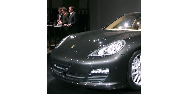 Porsche mit Panamera gegen die Krise