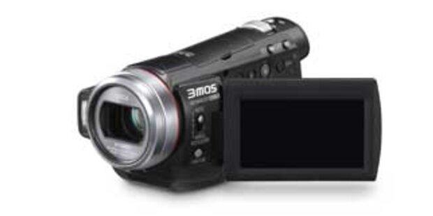 Erster FullHD-Camcorder mit 3 Bildsensoren