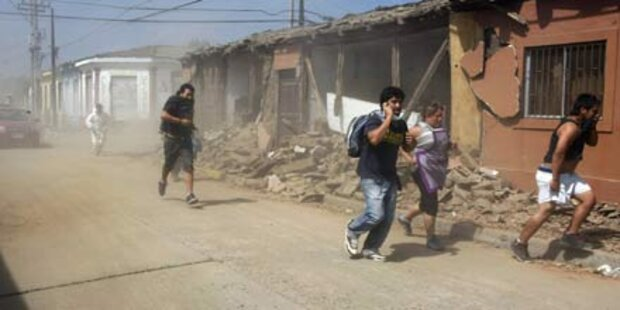 Chilenen nach neuem Erdbeben in Panik