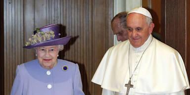 Queen Elizabeth II. vom Papst empfangen