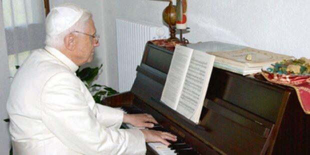 So lebt der Papst ganz privat
