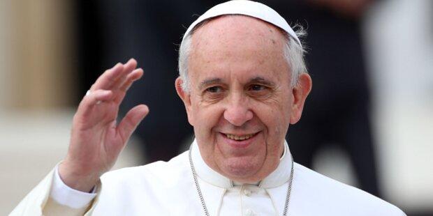 Papst warnt vor dem Internet