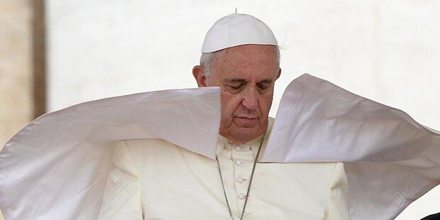 Drei Verwandte des Papstes getötet
