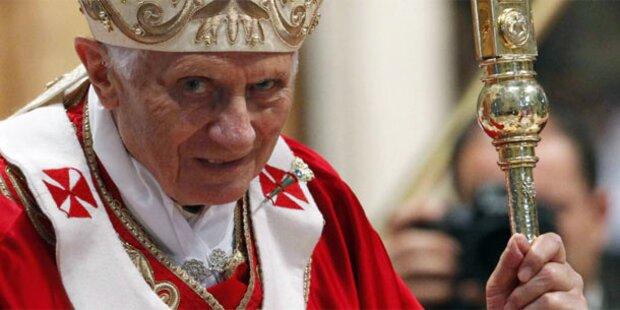 Vatikan: Papst von Kardinälen verraten?