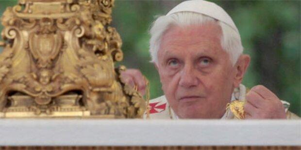 Papst schweigt zu Missbrauchs-skandal