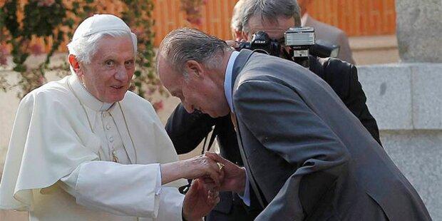 Papst trifft spanisches Königspaar