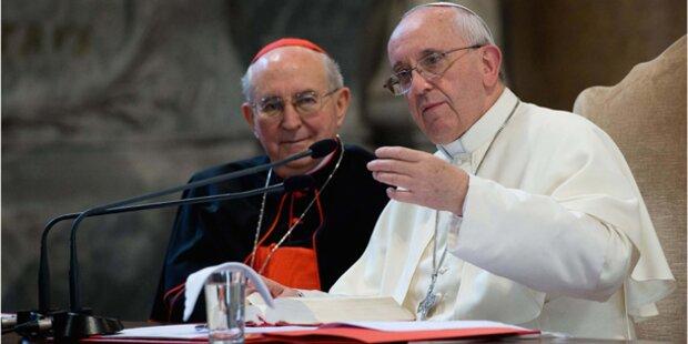 Papst fordert eine Wende der Kirche