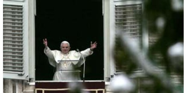 Papst Benedikt spendete Weihnachtssegen