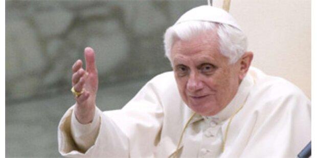 Papst nennt Sterbehilfe falsche Antwort auf Leiden