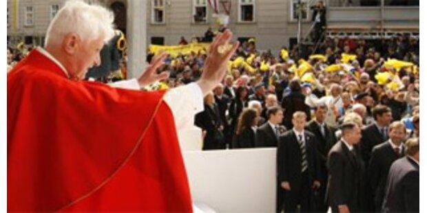Dem Papst laufen die Pilger davon
