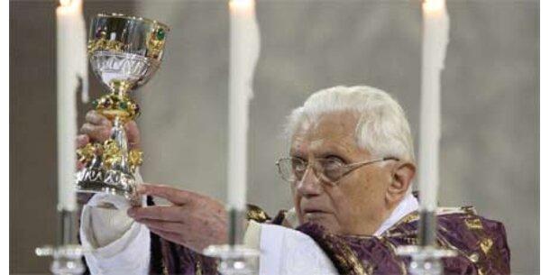 """Papst sieht """"Raffgier"""" als Auslöser der Bankenkrise"""